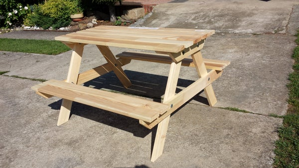 Sultan Lade Kids Camp Table