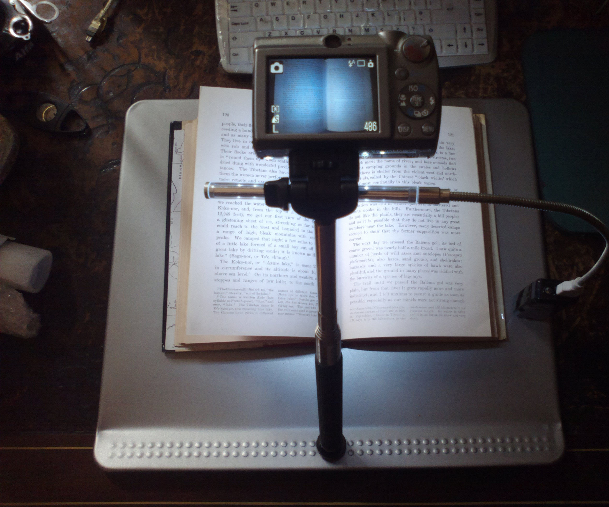Copy stand for book scanning - just one hole to create your ebook