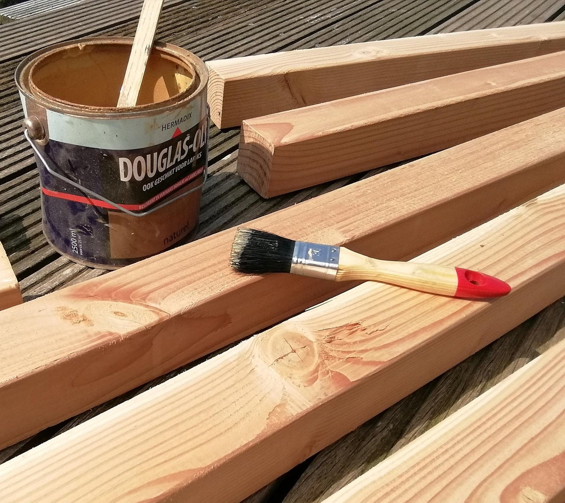 Painting the Wood
