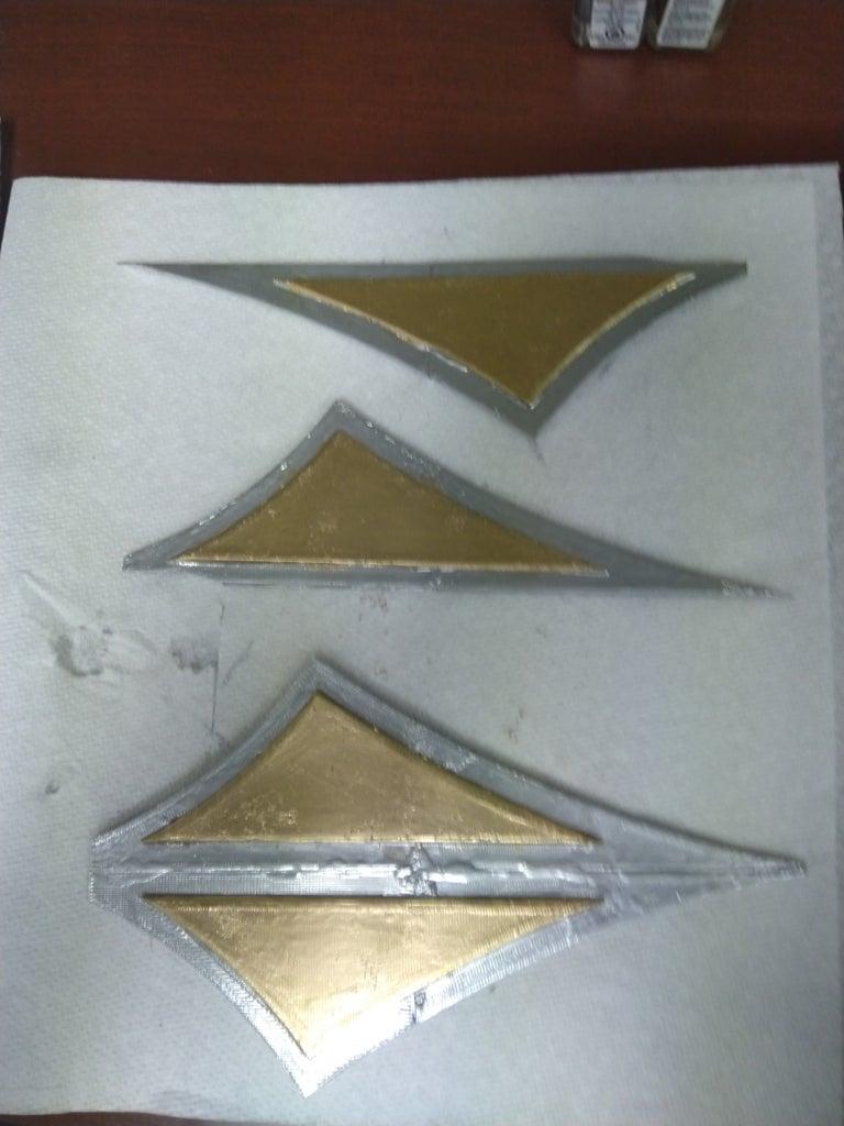 Attaching Blades to the Kunai Holder