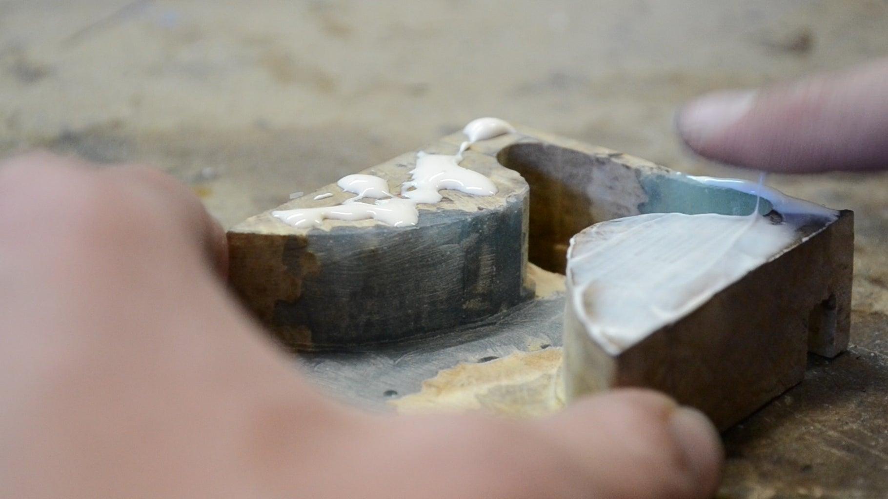 Glueing the Bottom