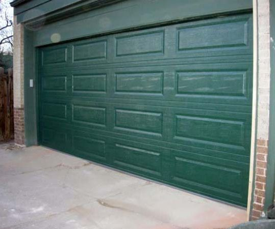 Use the Switcheroo to Open a Garage Door With Your Smartphone