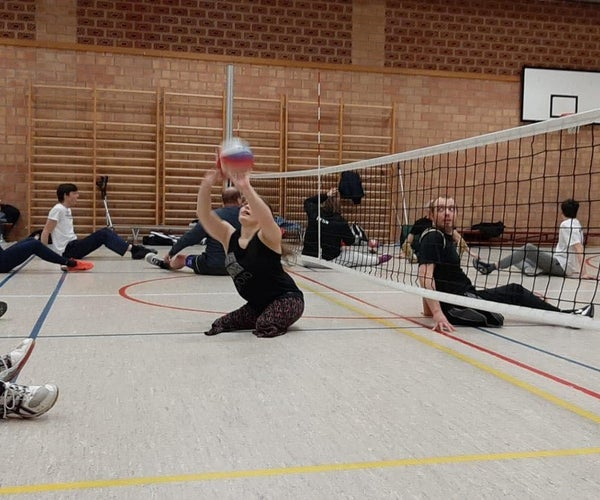 D4E1: Sitting Volleyball Aid