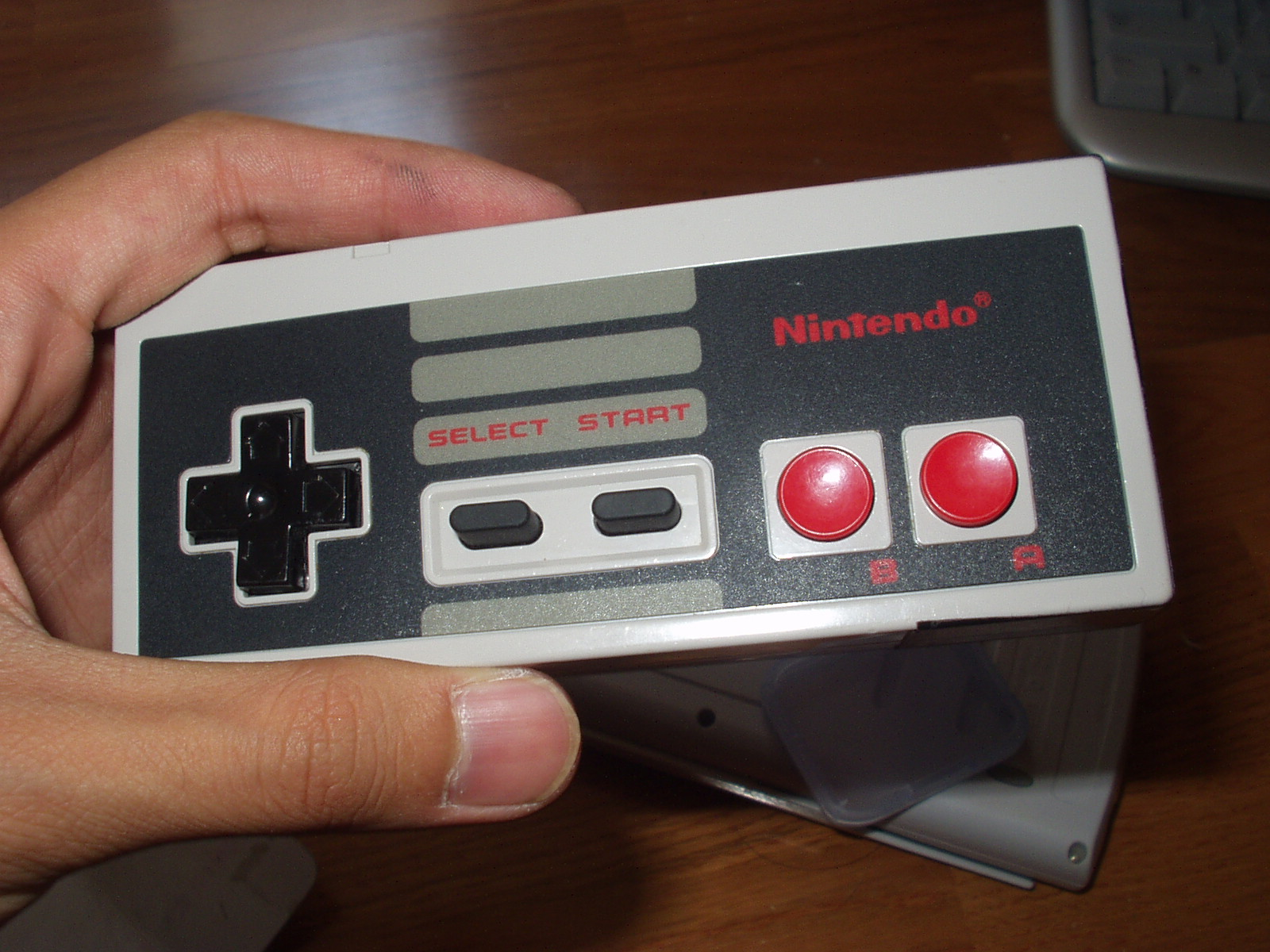 NES Controller Cellphone