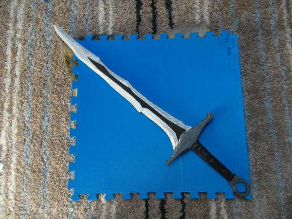 Skyrim: Dragonbone Sword.