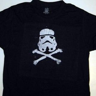 stormtrooper-&-crossbones2.jpg