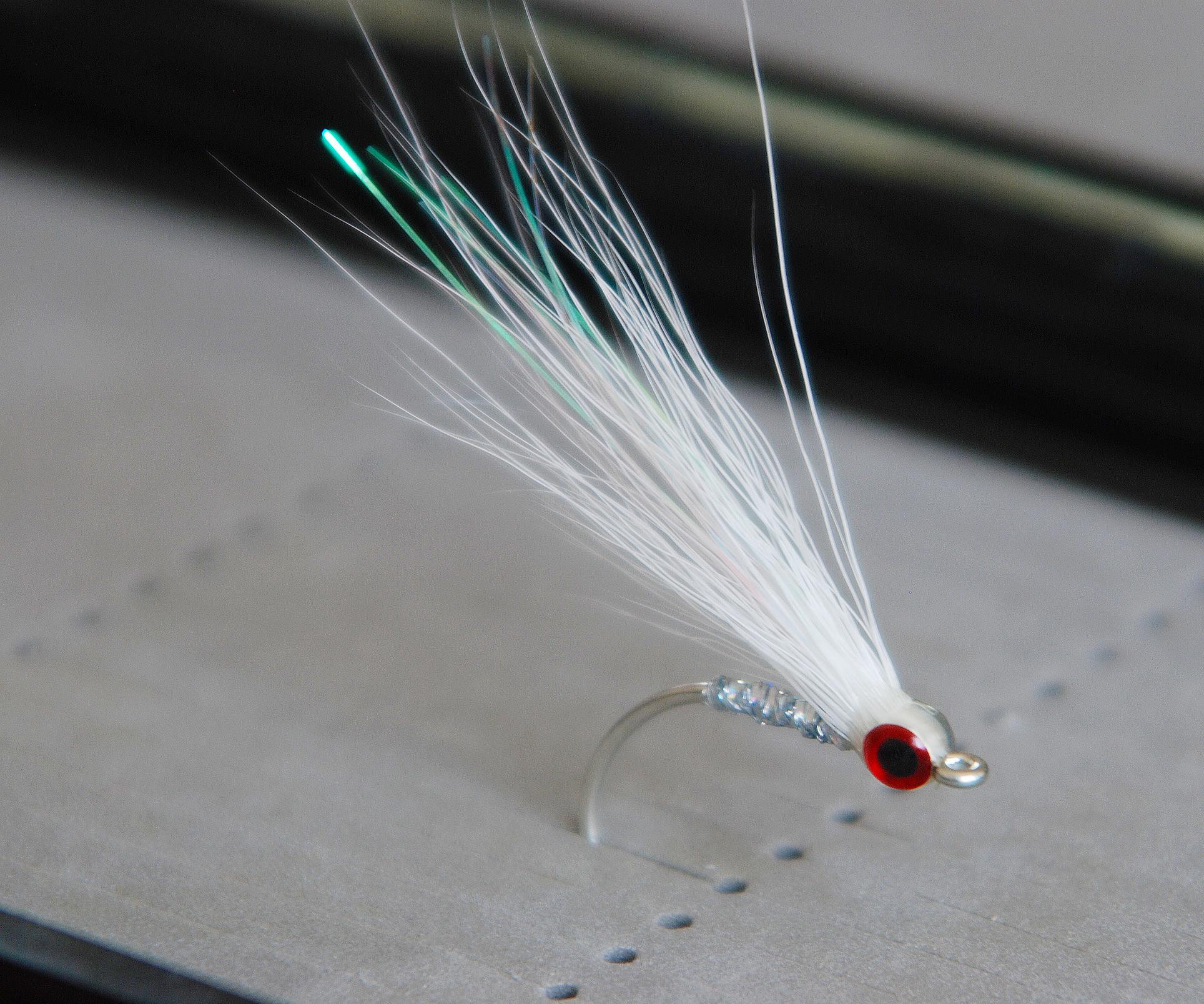 Buck Tail Glass Minnow