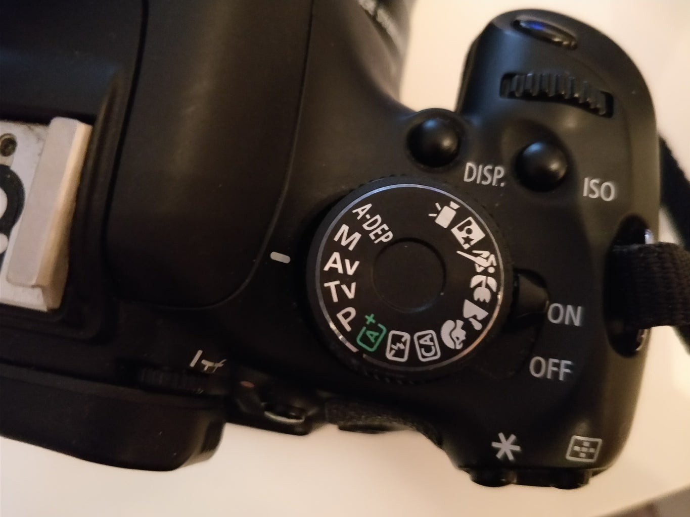 Changing Mode and Adjusting Aperture