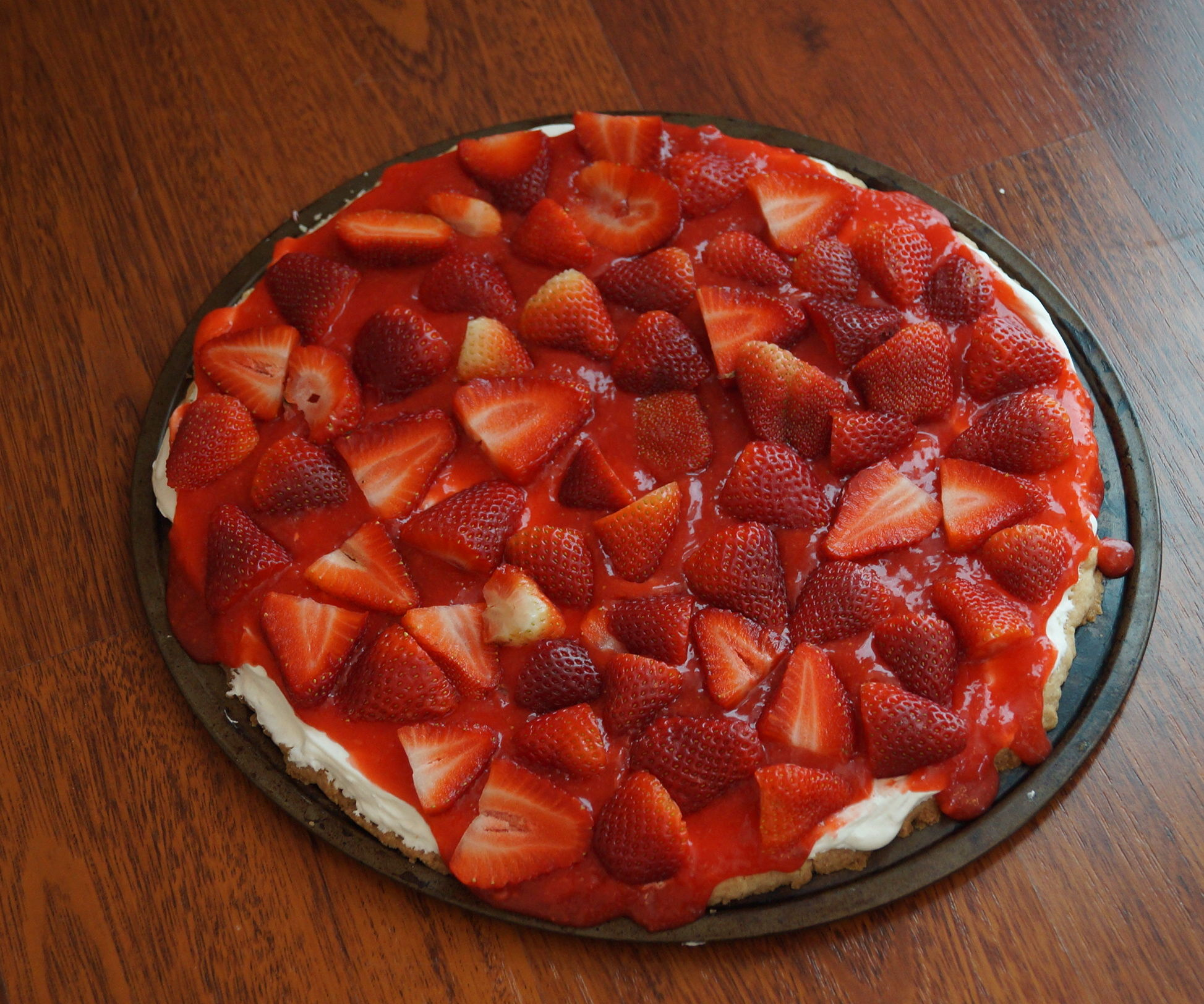 STRAWBERRY PIZZA PIE