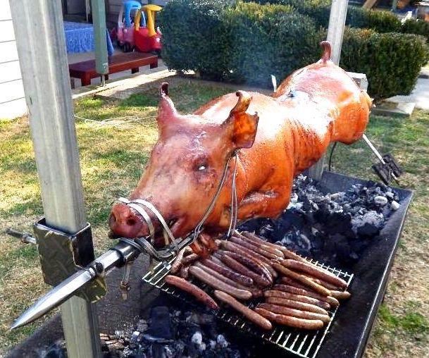 Cook a whole Roast Pig - Lechon Baboy