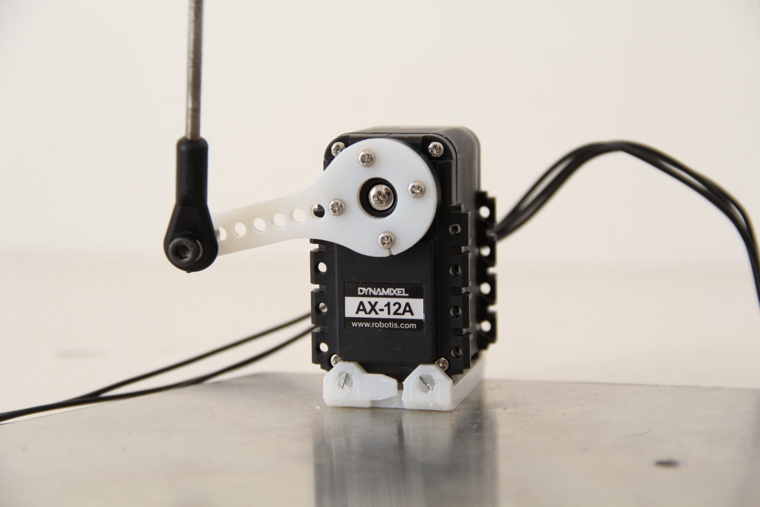 How to Drive Dynamixel AX-12A Servos (with a RaspberryPi)