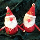 Make a Christmas Santa ornament for your your table, or just for the fun of it. HO HO HO