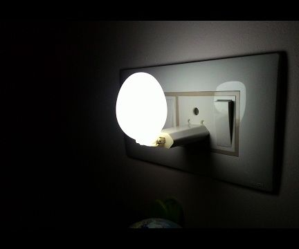 How to Make an LED Bed Lamp in 2 Minutes