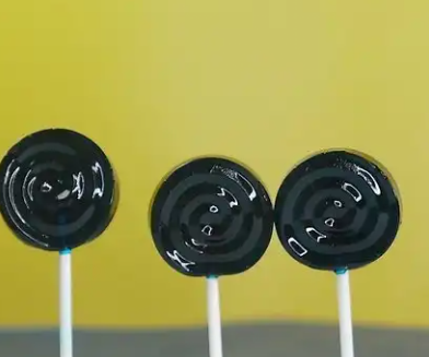 How to Make a Lollipop Sugar Candy