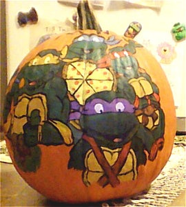 Halloween TMNT Pumkin. I Painted for My Daughter.