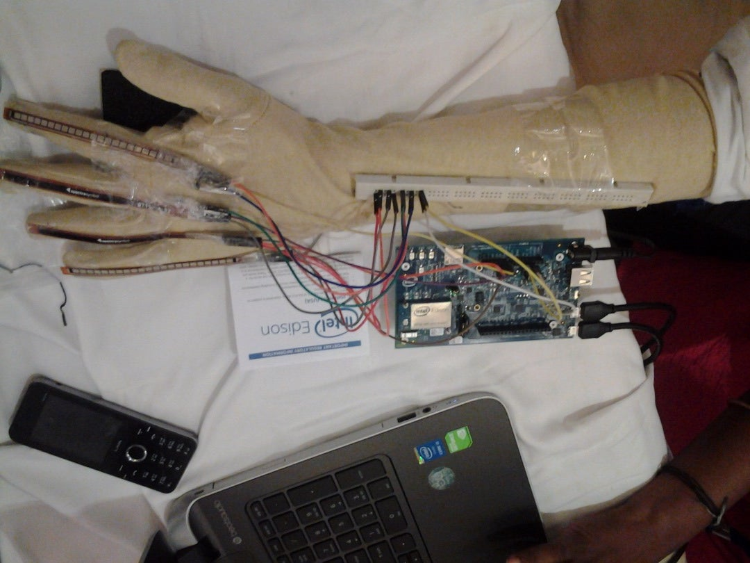 Gesture Calculator(Intel IoT)