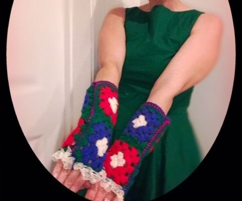 Ugly Sweater Finger-less Mittens