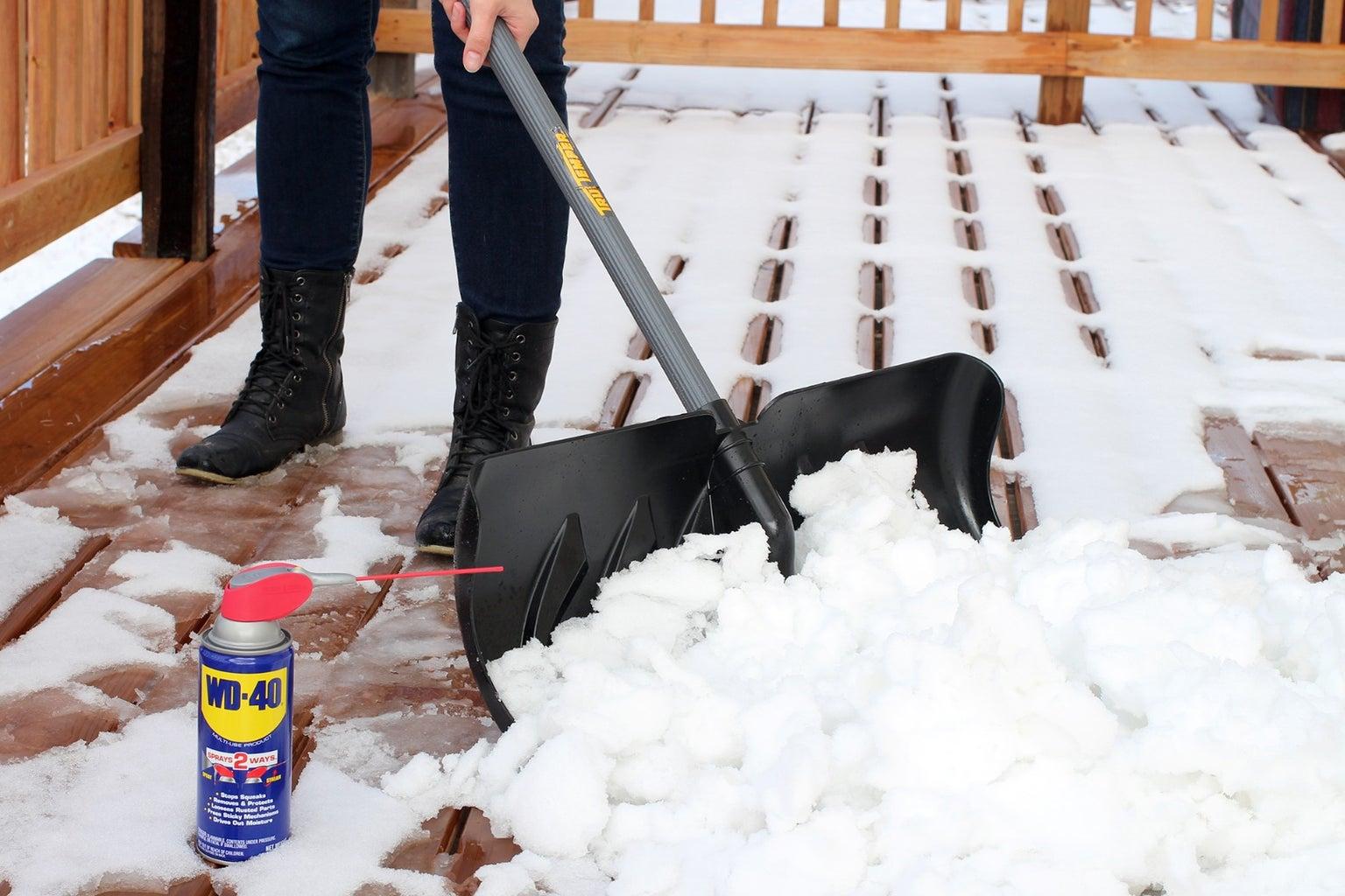 Keep Shovel Snow Free