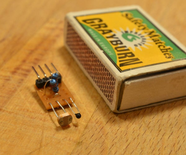 Small Temperature and Lightness Sensor Shield