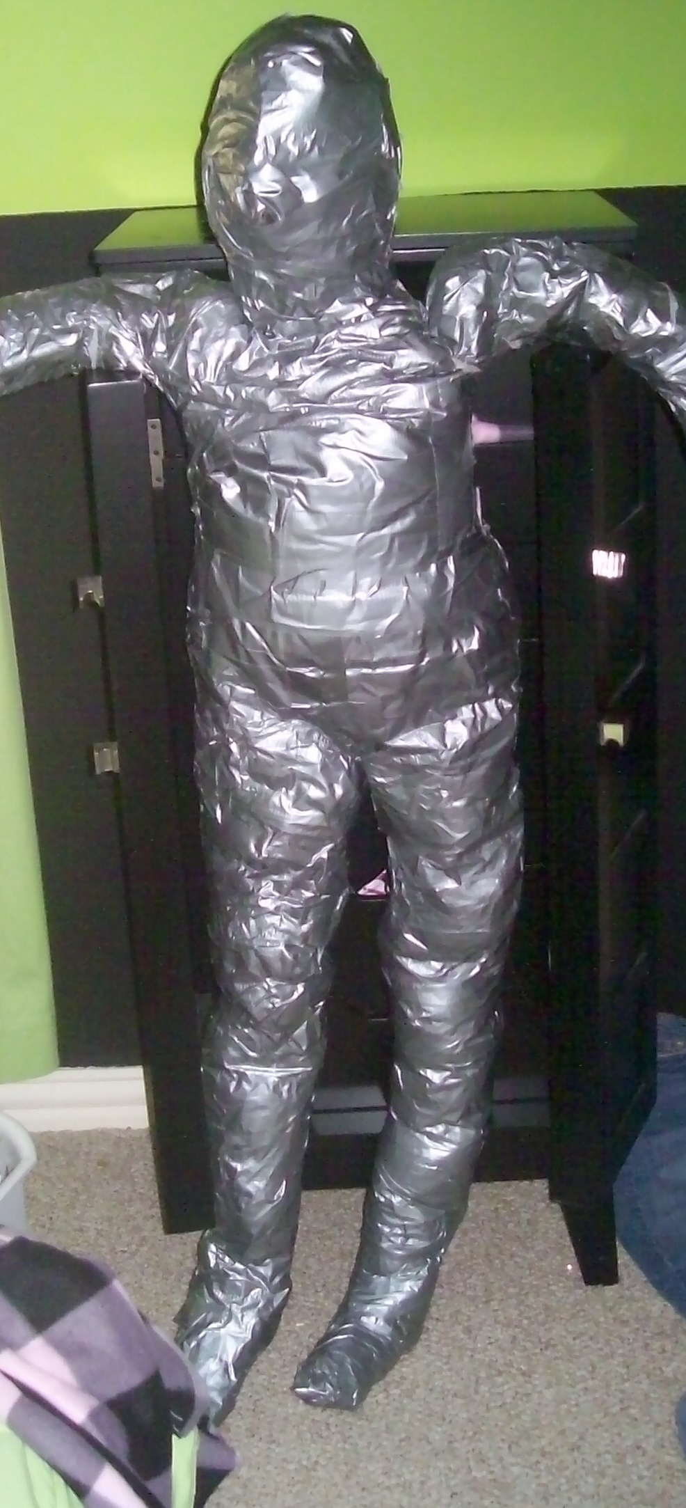 How to make a Duct-Tape Dummy