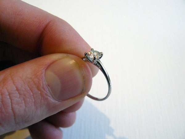 How to Make a Solitaire Engagement Ring