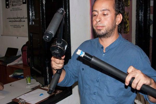 Sugru Build Night - Reparación De DIY Steadycam