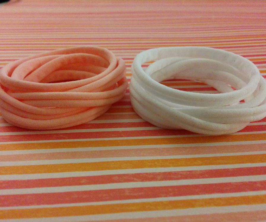 DIY Stretchy Hair Ties made out of Tights.