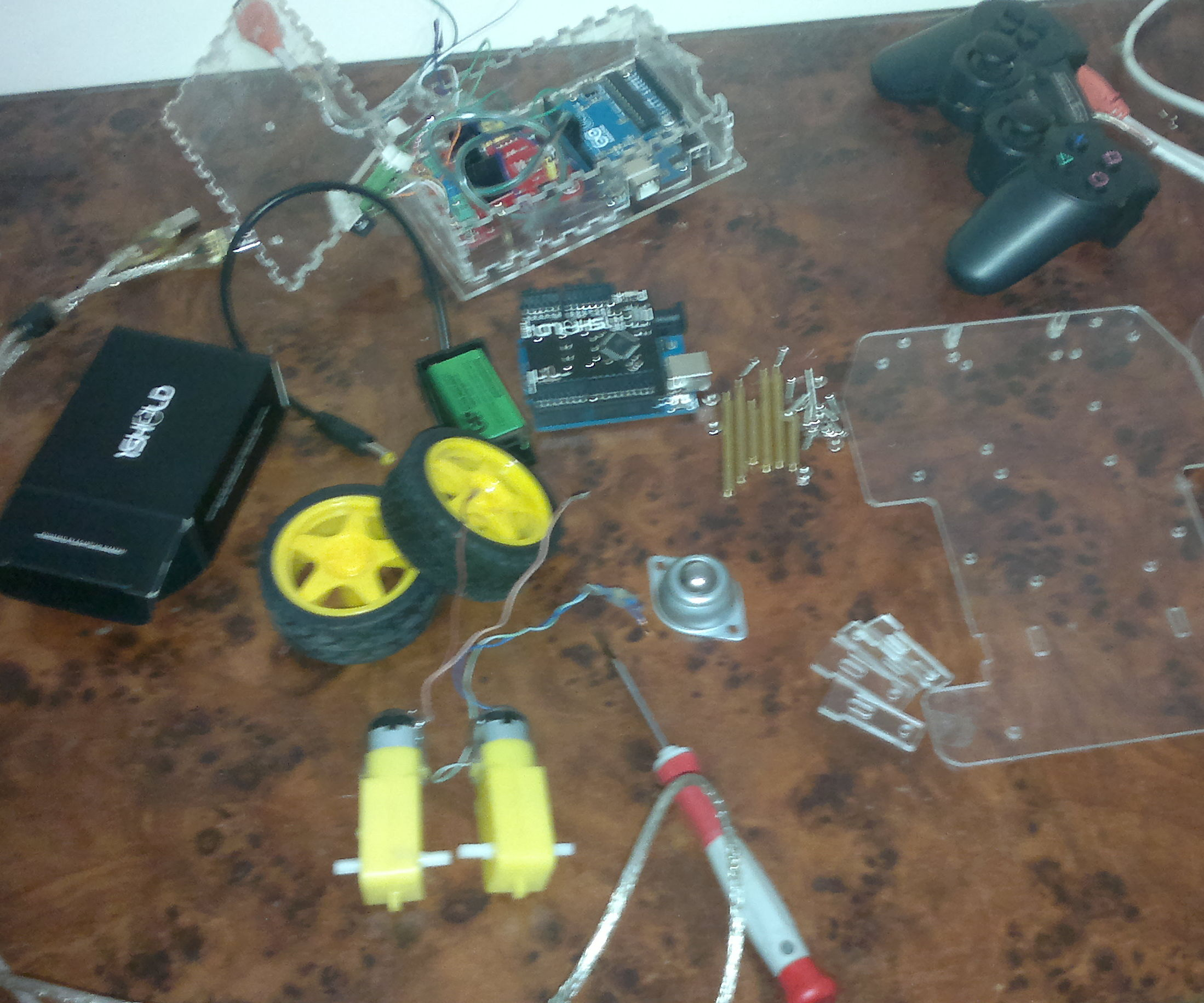 """Robot Tracking and Mapping """"Using 1Sheeld and Arduino"""""""