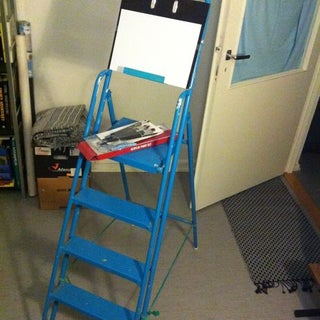 Temporary Cheapskate Art Stand