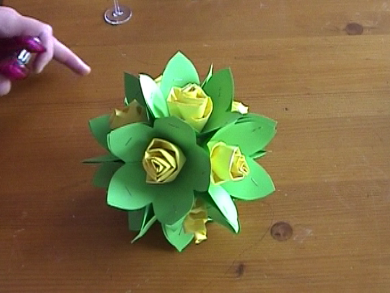 Paper Rose Ball . Easy for everybody.