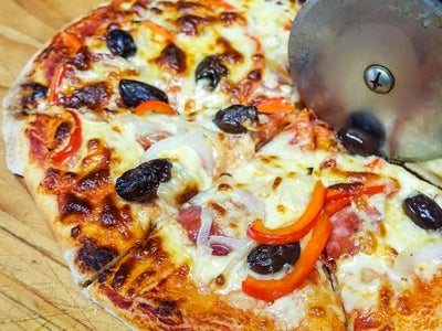 Serve Your Pizza