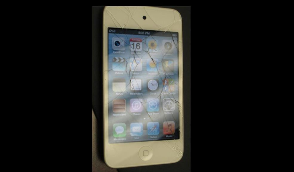 How to fix a broken 4th Gen iPod Touch screen and front camera replacement.
