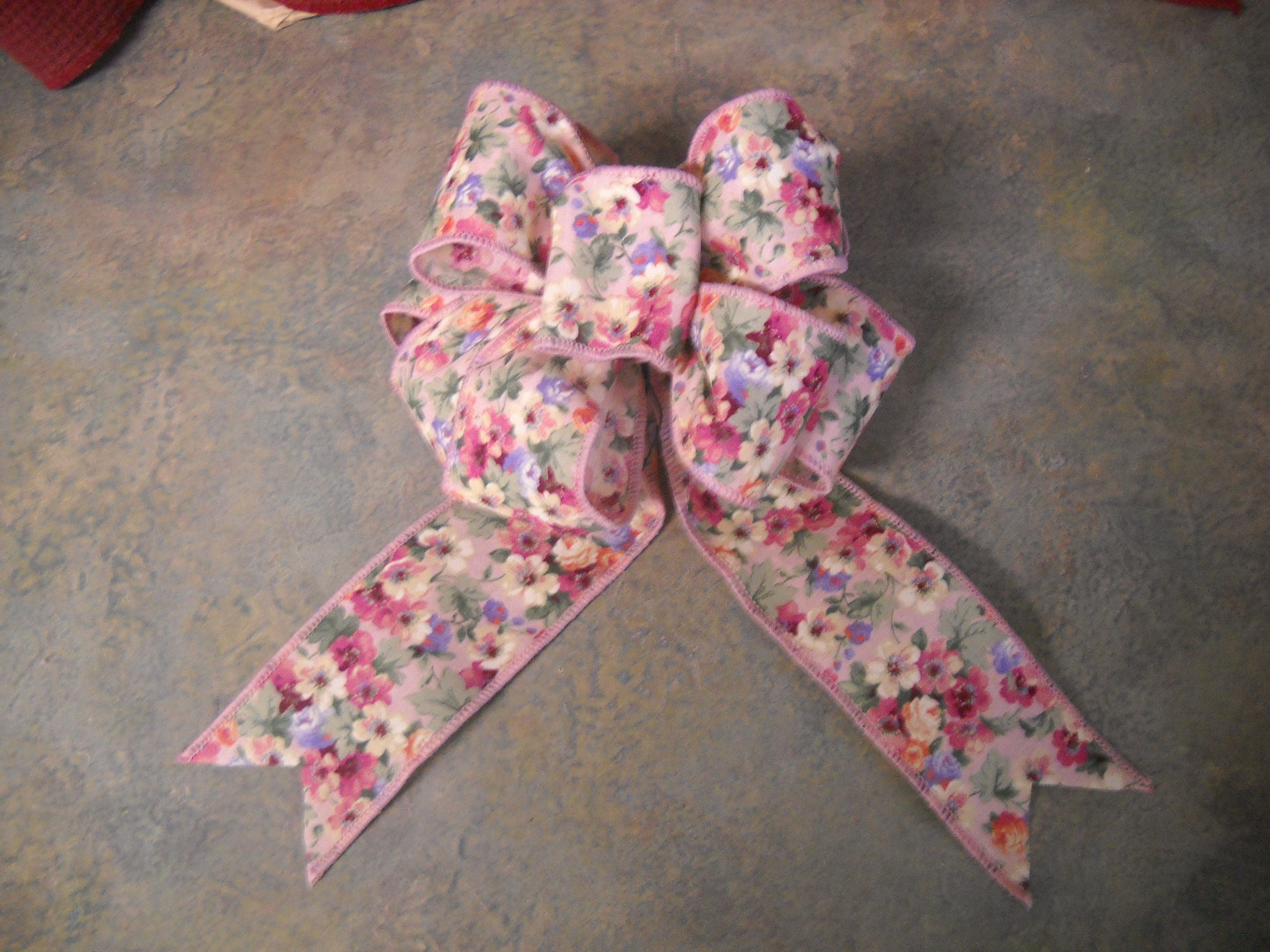 How To Tie A Florist Bow 12 Steps With Pictures Instructables