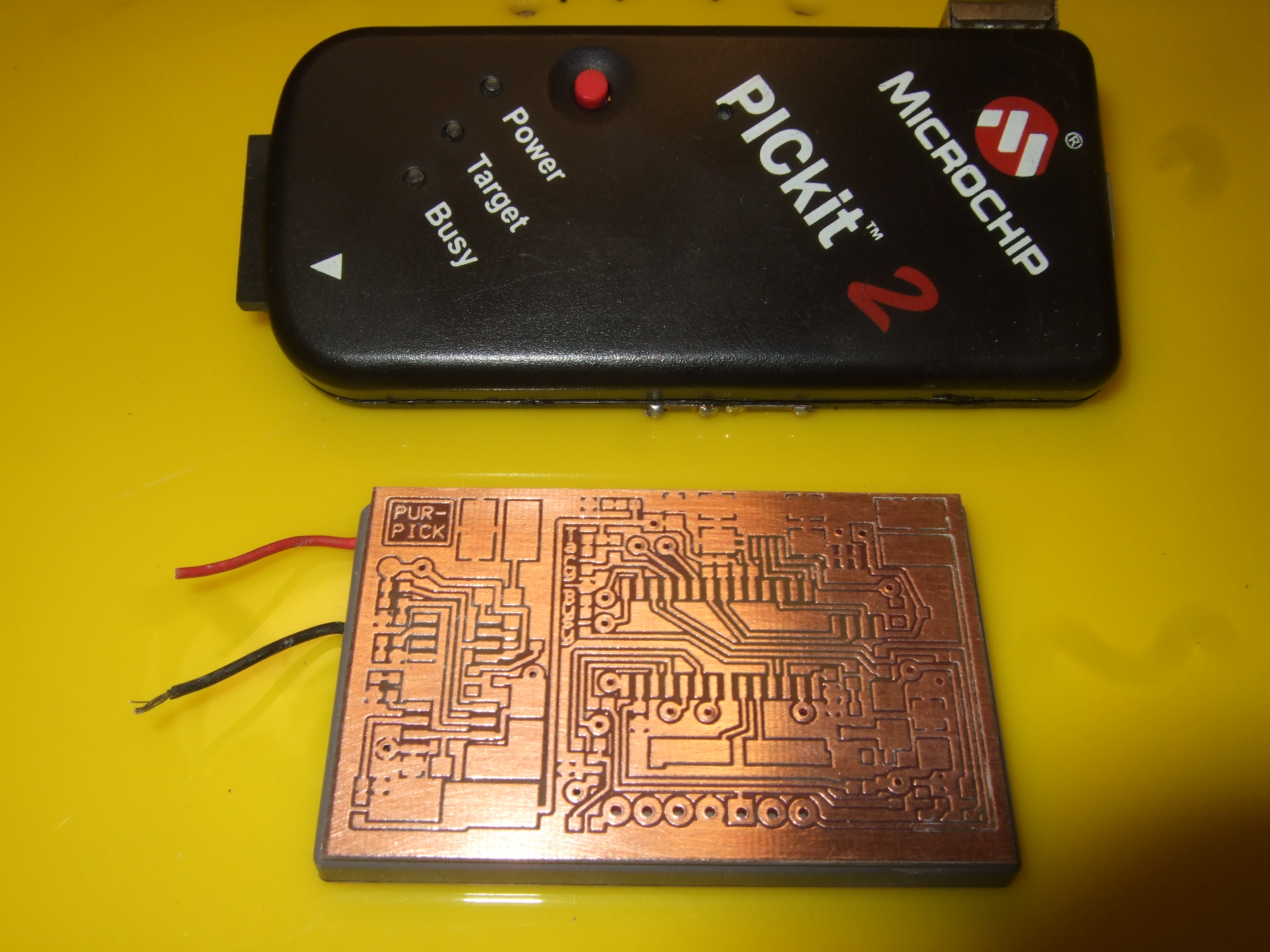 PURPIC, the wearable PICkit2 clone