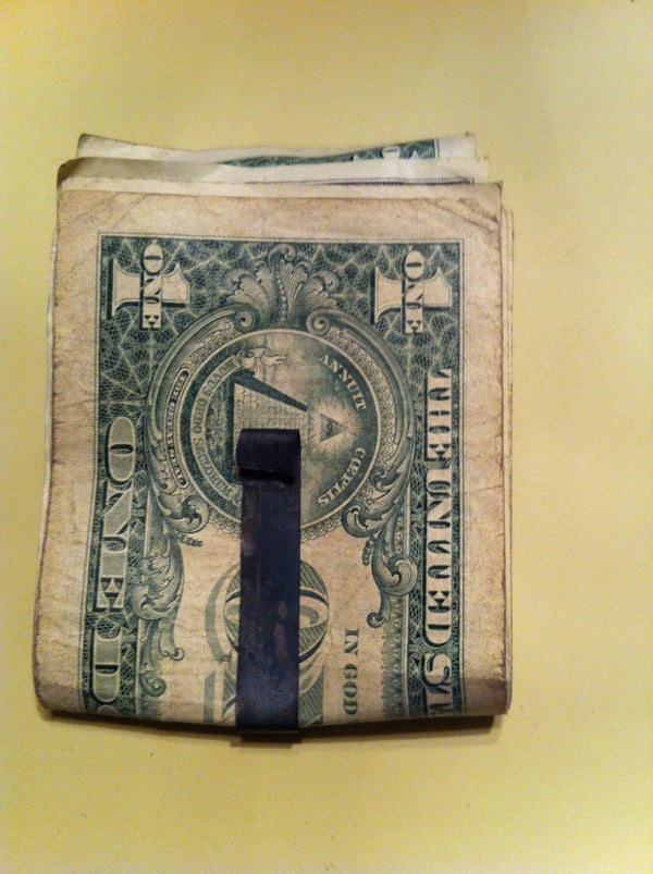 How to Make a Money Clip From a Saw Blade