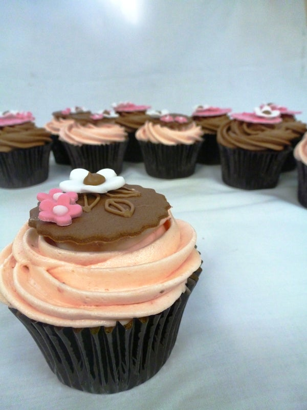 Homemade Raspberry and Vanilla Cupcakes