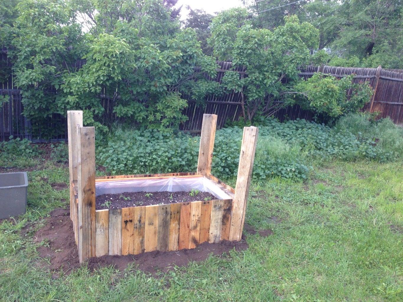 Planting Your Pallet Planter