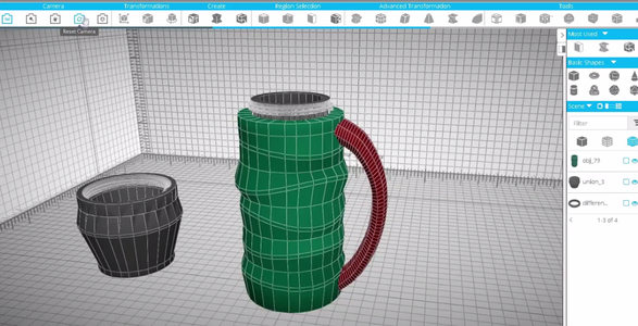 Creating the Handle of the Thermos.