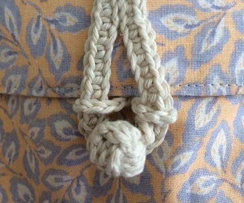 Make a Closure From Yarn