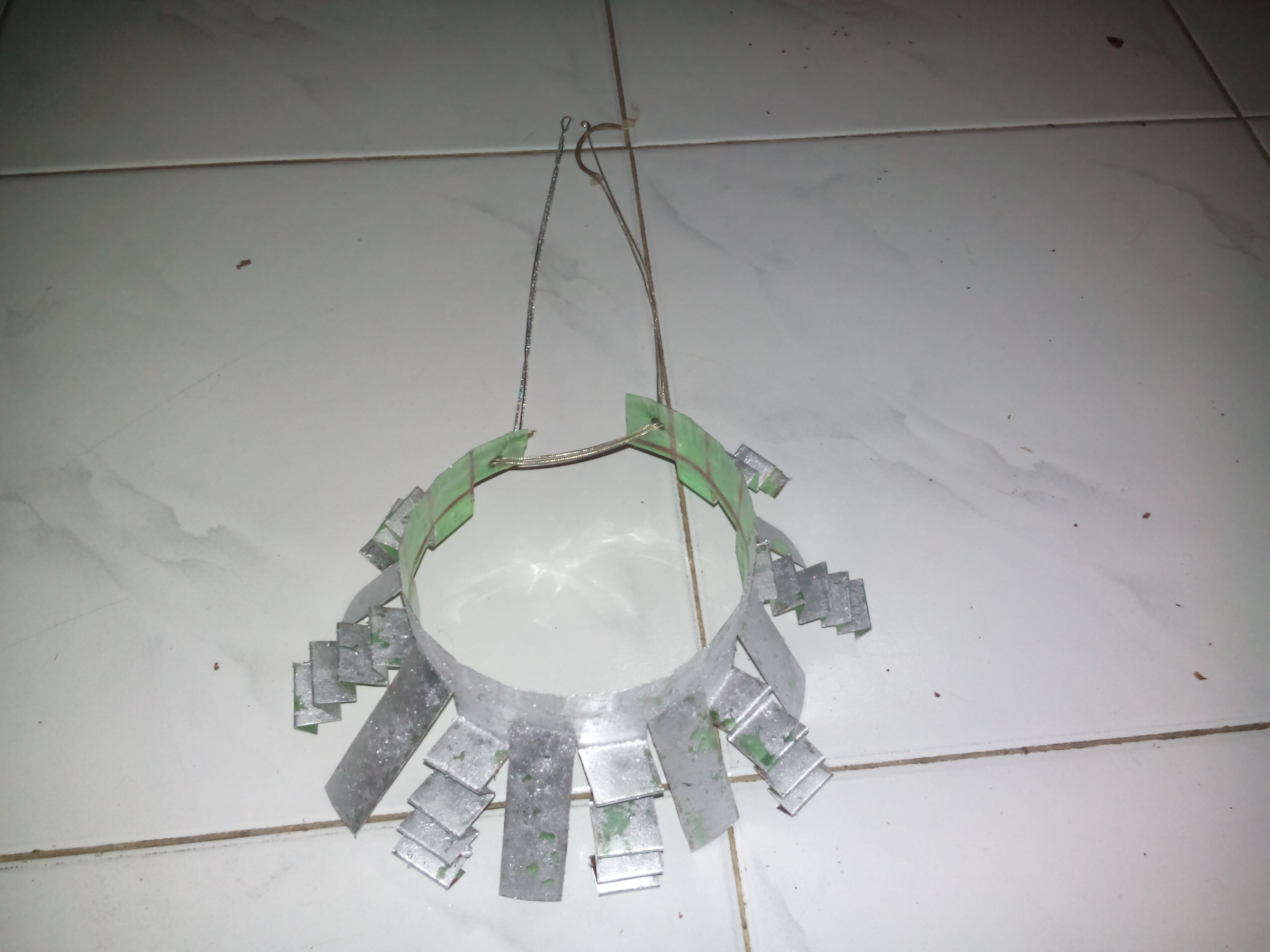 NECKLACE FROM OLD PLASTIC BOTTLE