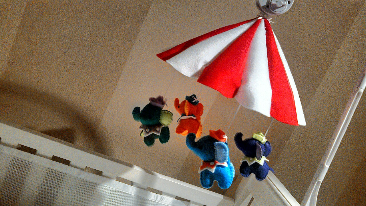 How to Make a Felt Tented Baby Mobile