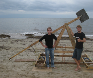 """The Insensible"" - a counterweight trebuchet"