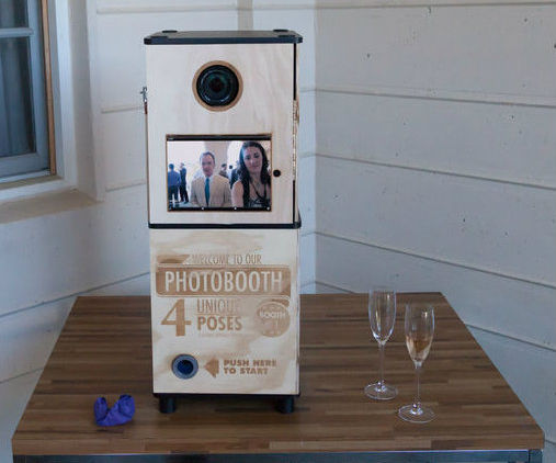 Wedding Photobooth (iPad+DSLR)