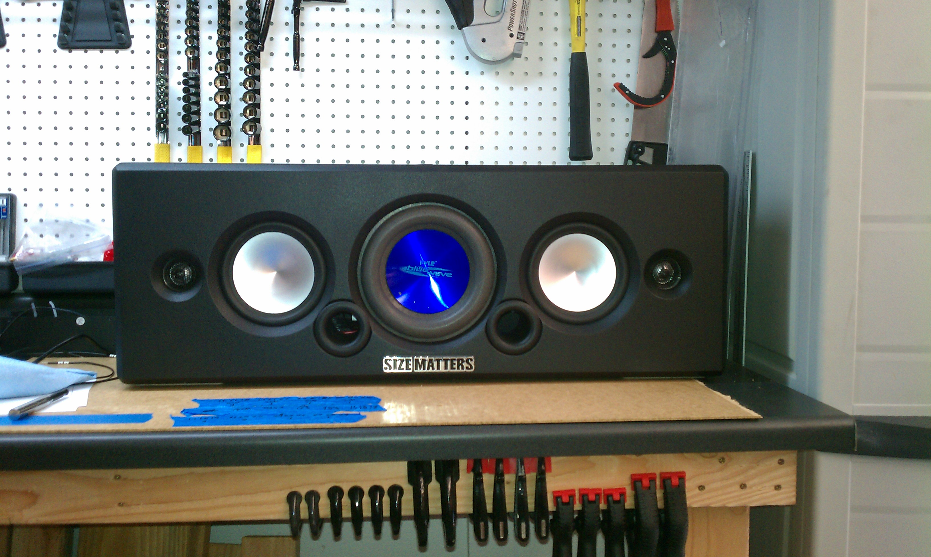 The ULTIMATE diy boombox!