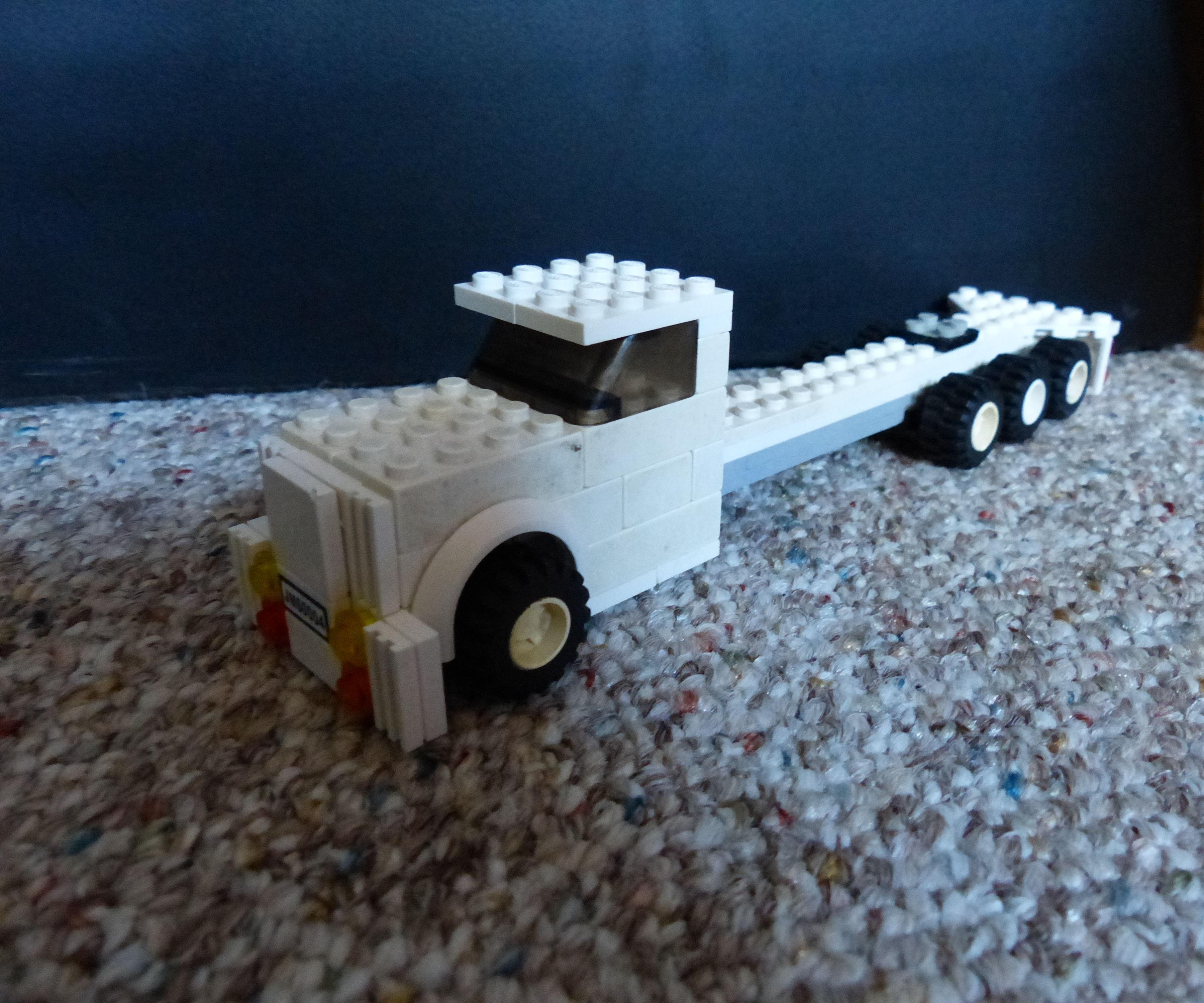 Lego Semi
