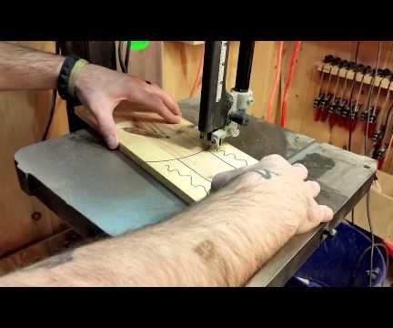 How to Make a Pallet Wood Shelf