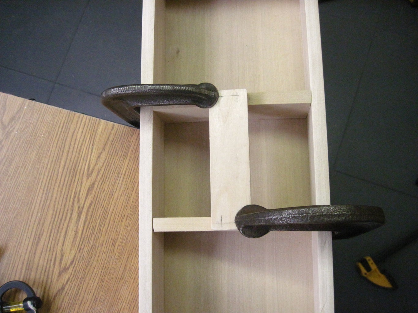 Tray Assembly- Sides, Dividers, and Handle