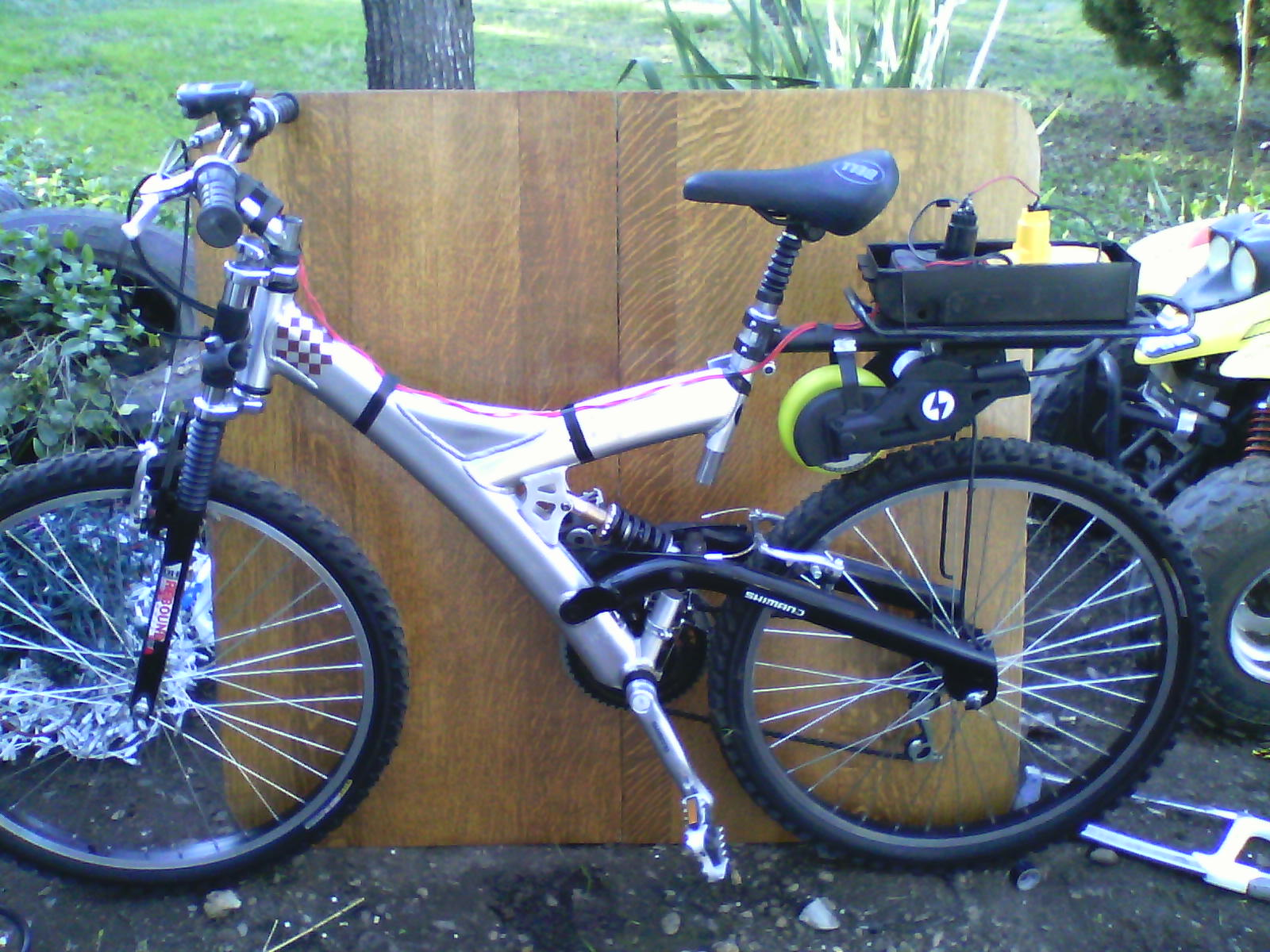 Electric motor bike (revised with better description)