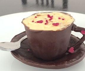 草莓芝士蛋糕巧克力茶杯