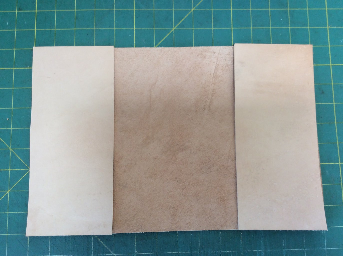 CUTTING INSIDE POCKETS FOR THE COVER